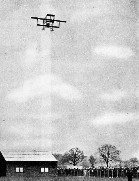 PAULHAN LEAVING HENDON, his starting point in the attempt to win the prize for the first London-Manchester flight