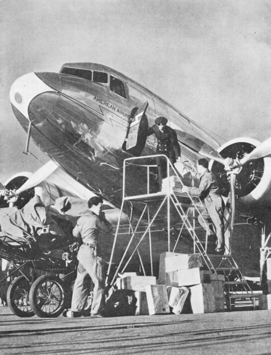 MAIL BEING TAKEN ON BOARD at Glendale, California